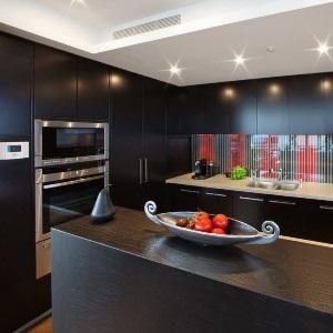 Почистване на мебели и уреди